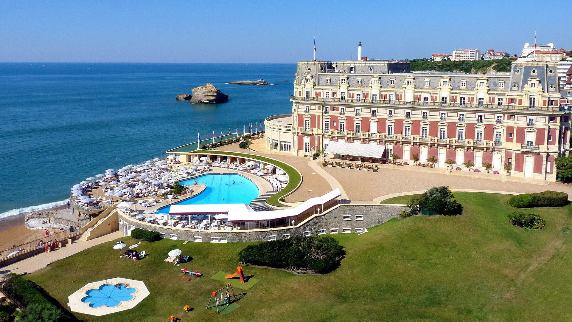 Luxury spa hotels in france 5 day spa spa hotels for Hotel france spa