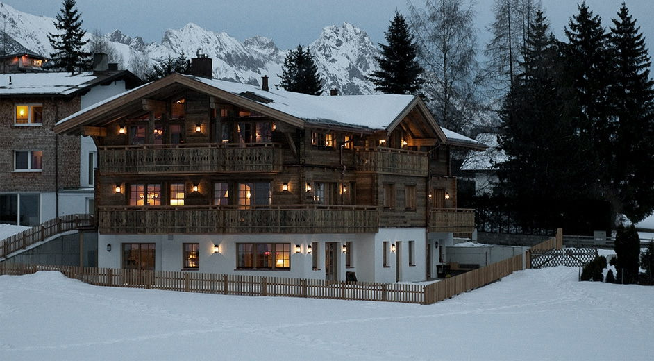 Large ski apartment for rent by the slopes in St Anton