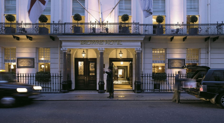 Luxury london hotel with gourmet dining in mayfair near for Luxury hotel oxford