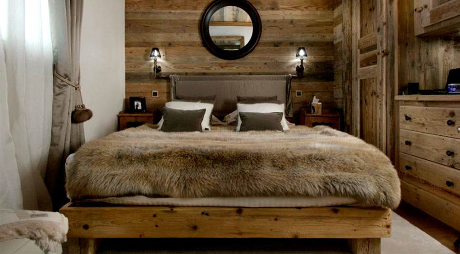 Rustic Wood Bedroom Accent Wall