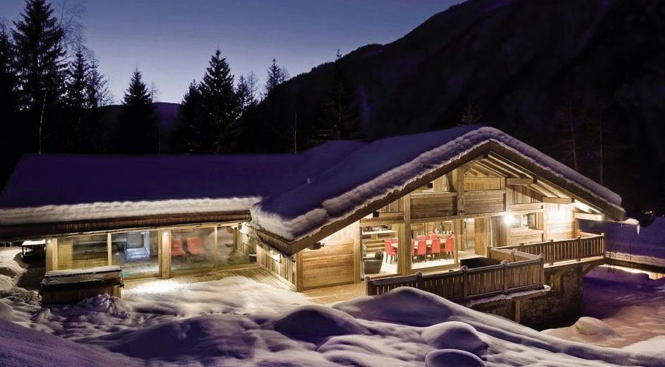 secluded private chalet rental with catering and spa area in chamonix. Black Bedroom Furniture Sets. Home Design Ideas