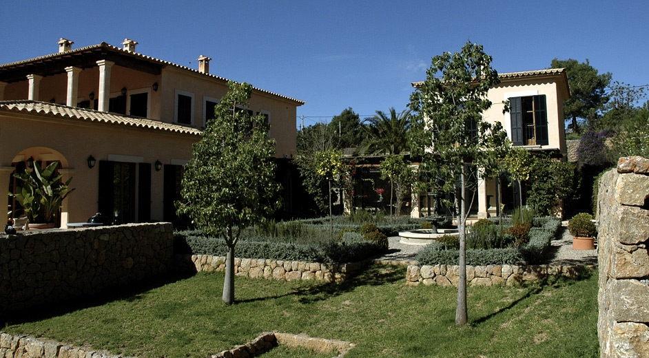 Villa de luxe louer majorque pr s de palma et d 39 un for Maison palma de majorque