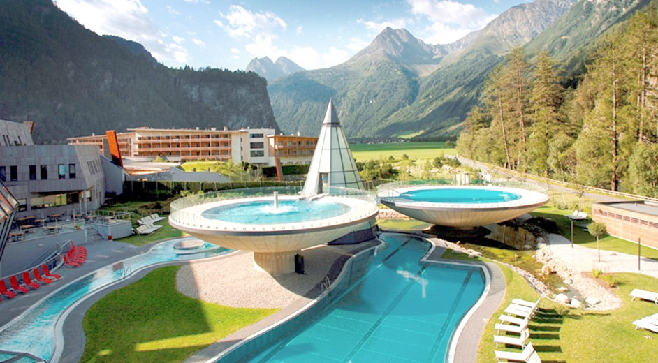 Luxury hotel in austria with thermal spa near s lden for Luxury hotels austria