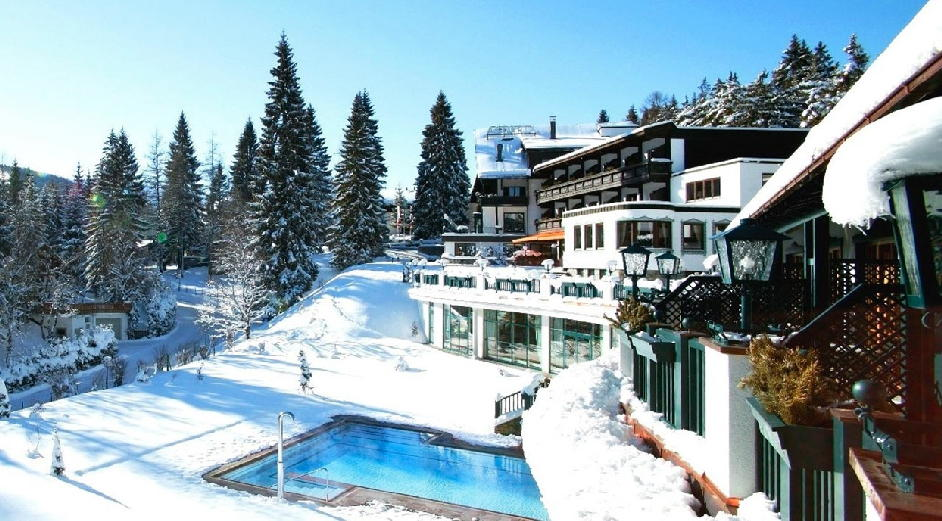 5 star spa hotel in tyrol with yoga astoria relax spa for Luxury hotel breaks