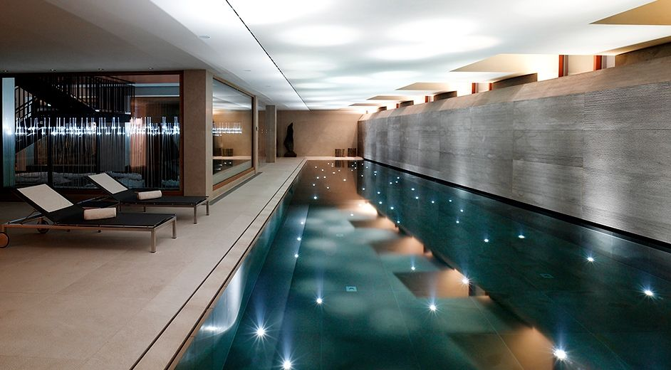 Romantic five star hotel with pool and panoramic views in lech