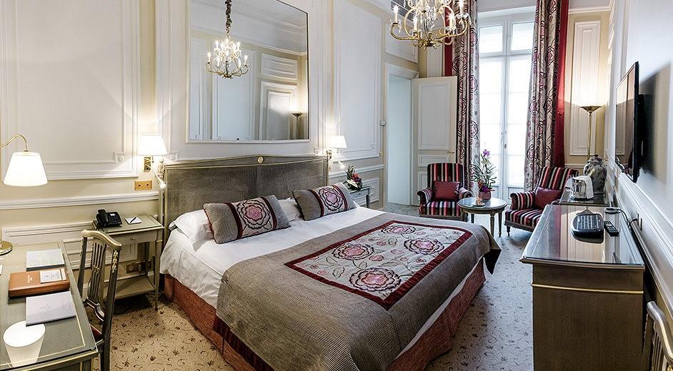 h tel spa cinq toiles biarritz avec cuisine gastronomique h tel du pal. Black Bedroom Furniture Sets. Home Design Ideas