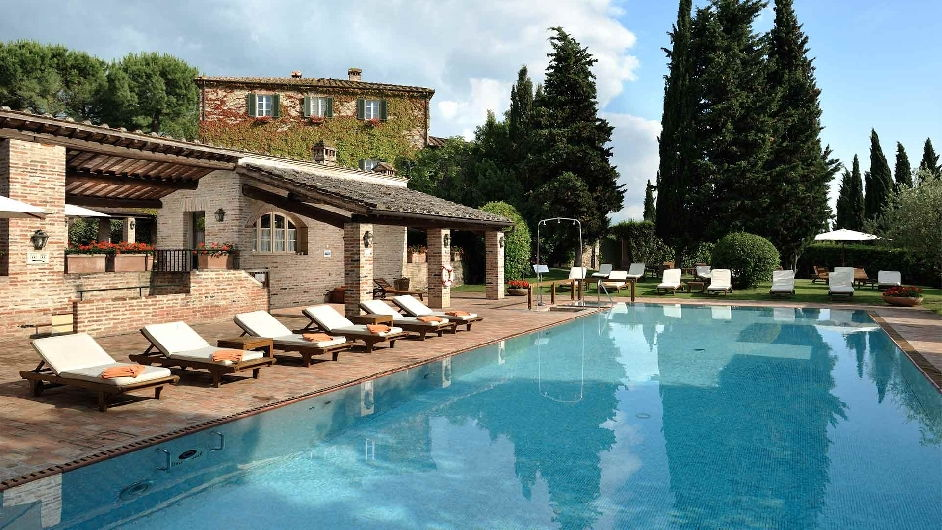 Countryside 5 star hotel in tuscany with pool near siena and florence for 5 star hotels in florence with swimming pool