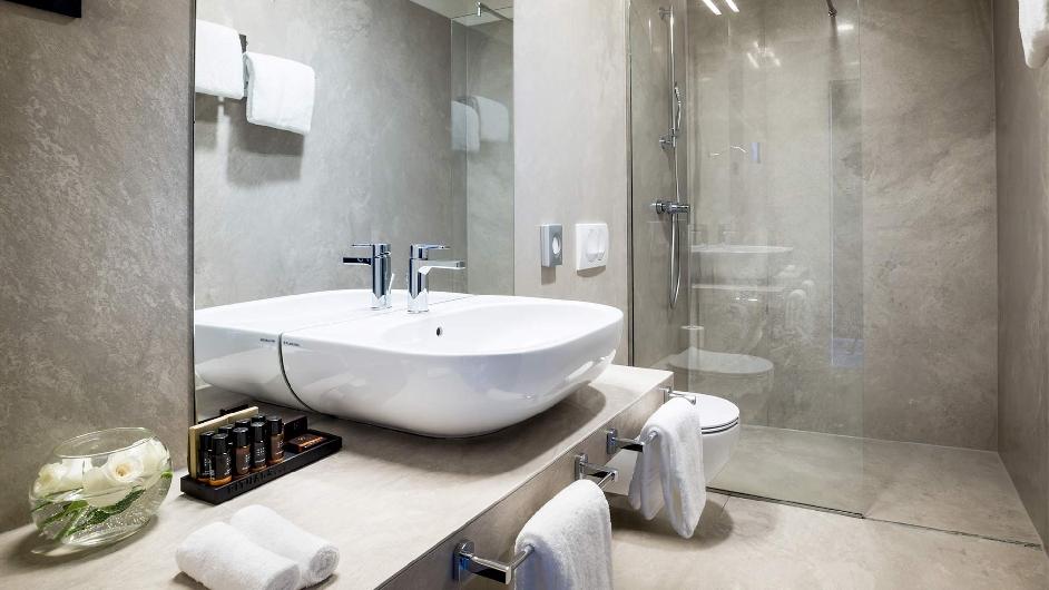 Opatija spa resort with private beach design hotel navis for 5 star hotel bathroom designs