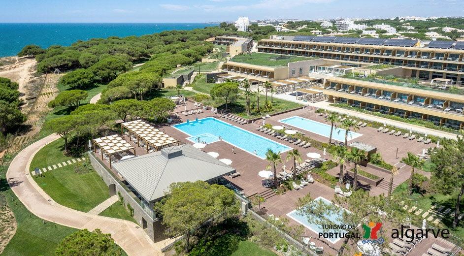Epic sana 5 algarve coast hotel with direct beach access for Hotel luxury algarve