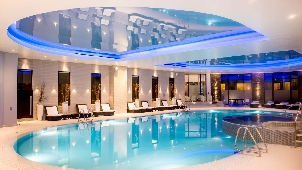 Perthshire luxury spa resort with michelin restaurant - Luxury scottish hotels with swimming pools ...