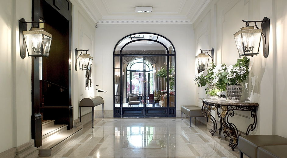 five star boutique hotel in paris city centre with gourmet