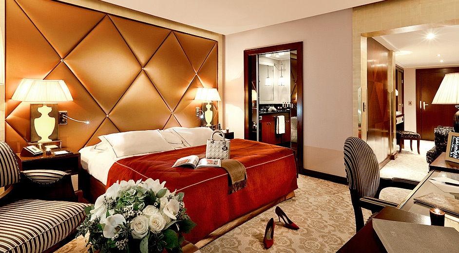 5 sterne hotel champs elys es paris h tel fouquet 39 s. Black Bedroom Furniture Sets. Home Design Ideas