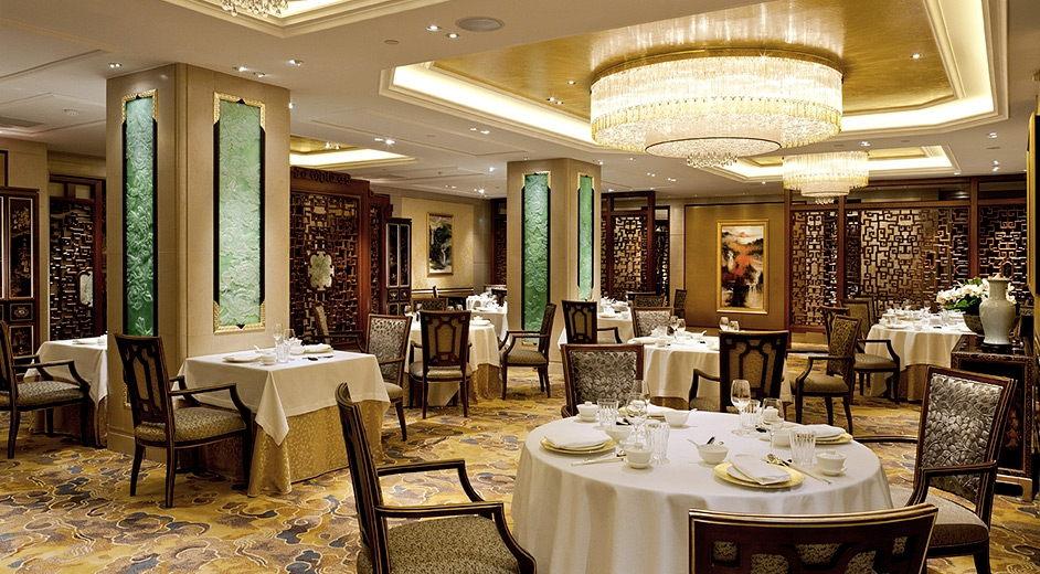 H tel 5 toiles au coeur de paris 2 restaurants michelin for Hotel design 3 etoiles paris