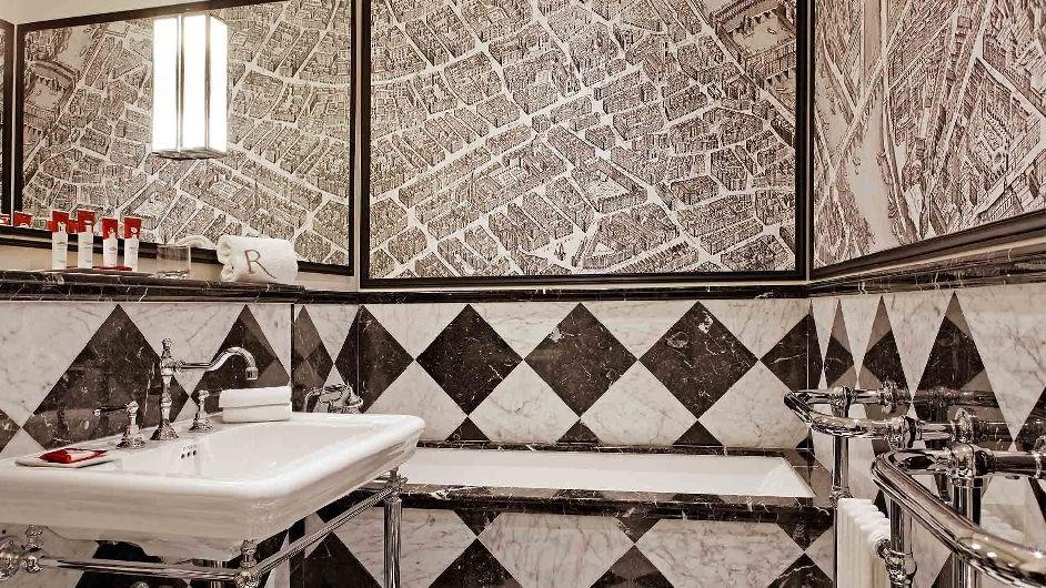 luxus hotel mit pool spa nahe dem quartier latin paris. Black Bedroom Furniture Sets. Home Design Ideas