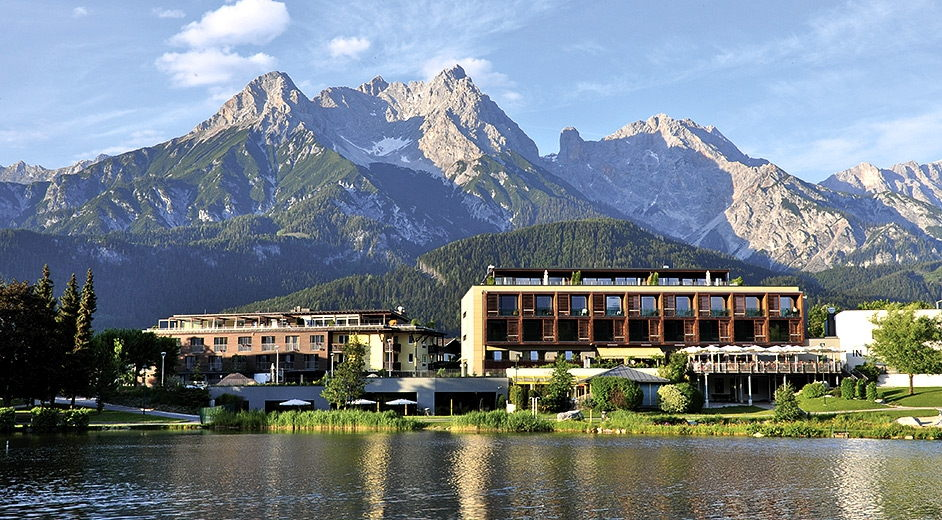 Luxury alpine chic hotel in the austrian alps with gourmet for Luxury hotels austria