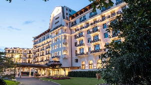 luxury_hotel_royal_evian_resort_exterior_01-302.jpg