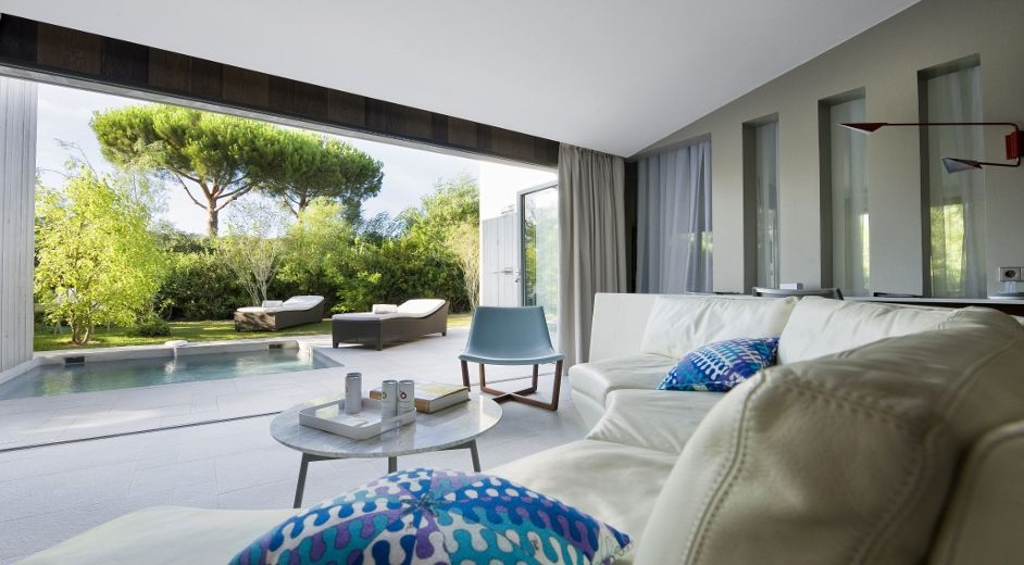 luxury designer hotel with spa near the beach in the french riviera. Black Bedroom Furniture Sets. Home Design Ideas
