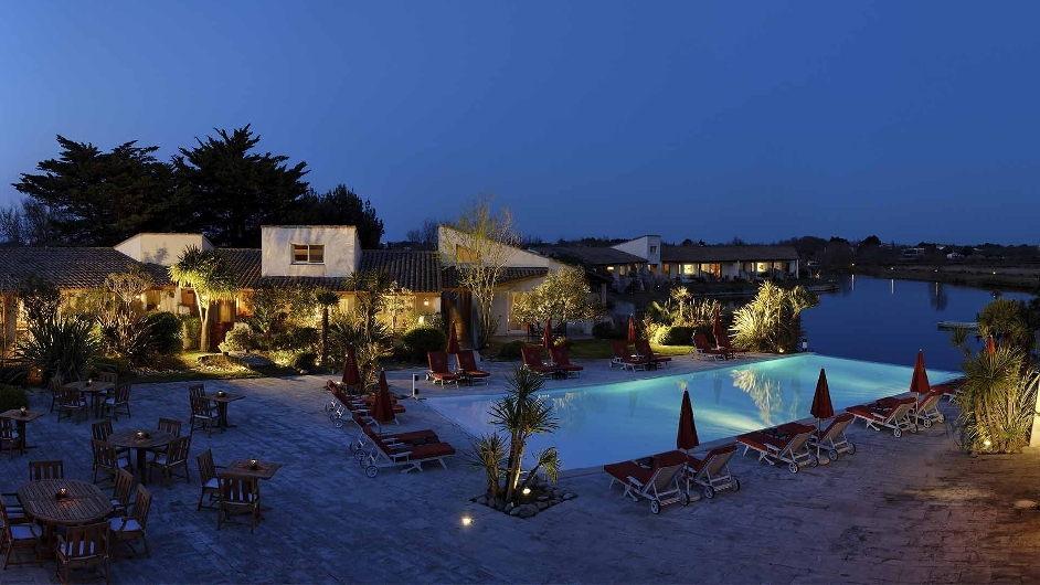 Hotel L Estelle Saintes Maries De La Mer