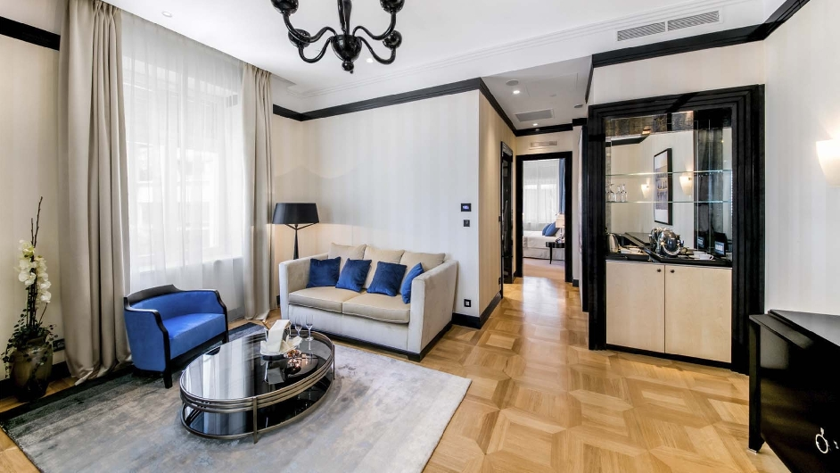 Wellnessurlaub im 5 spahotel in lo inj hotel alhambra for Boutique hotel intermezzo 4 pag croatie