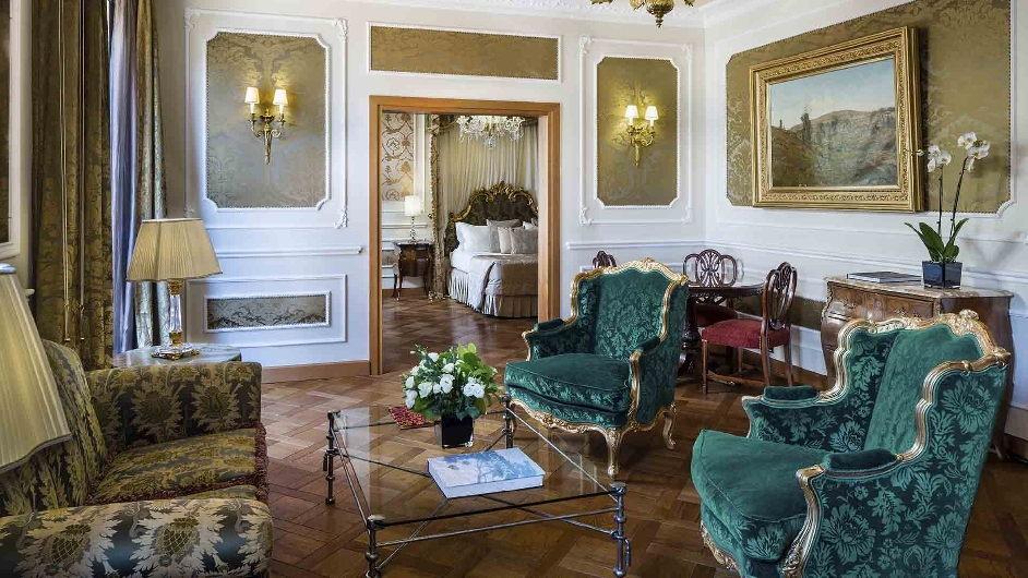 Luxury Five-Star Hotel in Milan Near Duomo   Park Hyatt Milan