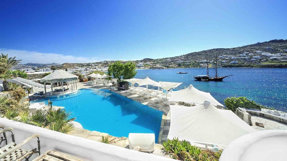5 spahotel mit privatstrand kivotos mykonos for Designhotel am strand