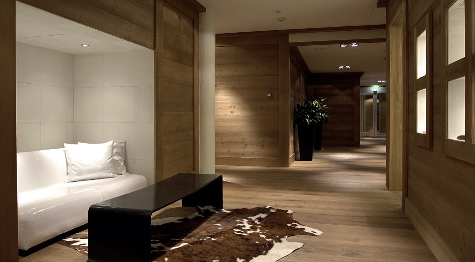 Fine spa and wellness and five star hotel in gstaad for Five star hotels around the world