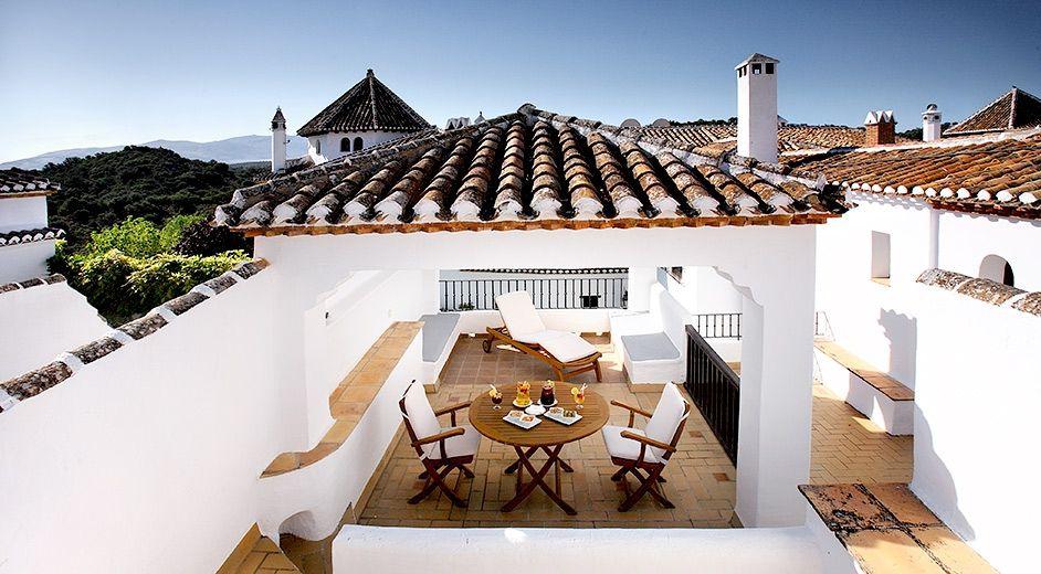 Five star hotel in granada with large pool near golf course - Hotel bobadilla granada ...
