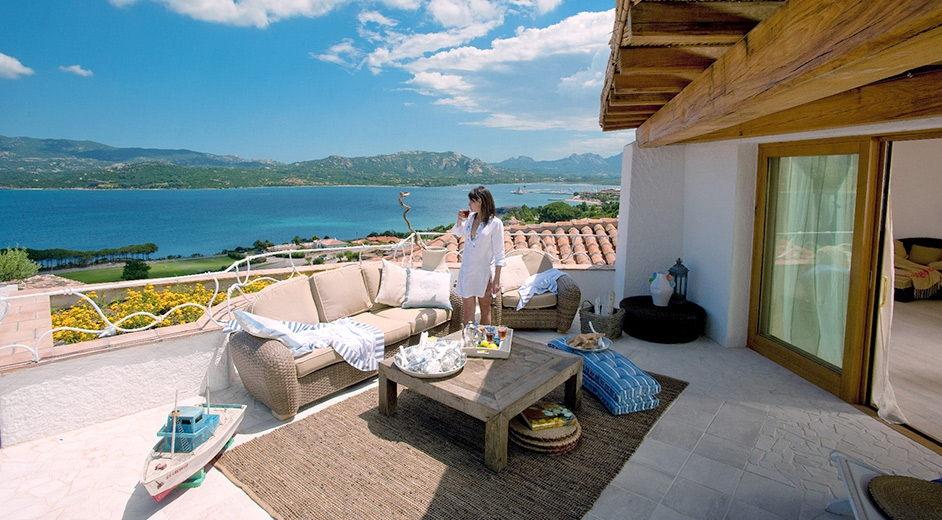 luxus strandhotel mit spa wellness auf sardinien villa. Black Bedroom Furniture Sets. Home Design Ideas