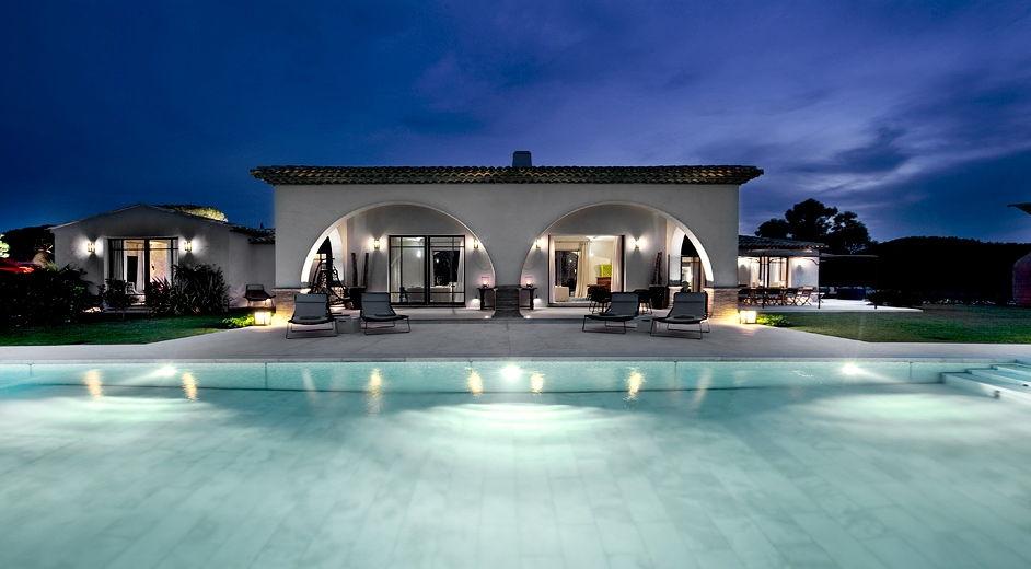 Villa de luxe arts et voyages - Villa de luxe visite privee ...