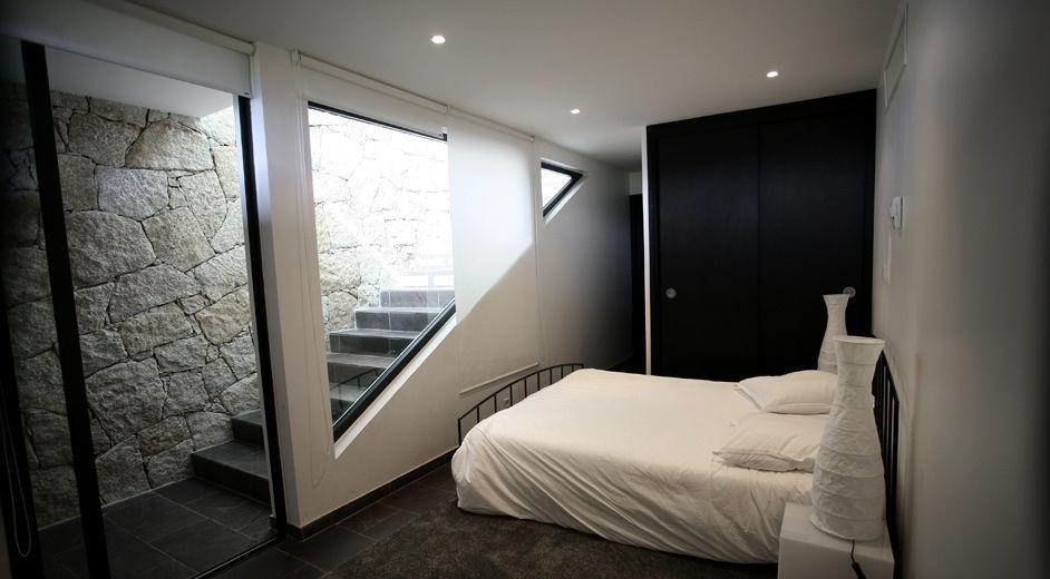 design villa in korsika direkt am strand f r ferien deluxe. Black Bedroom Furniture Sets. Home Design Ideas