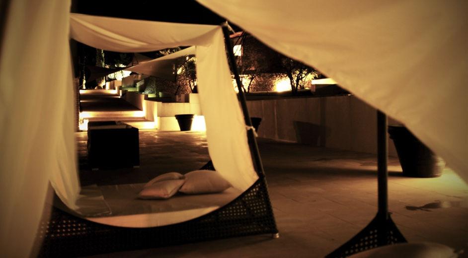 Location de vacances d 39 t moderne en provence avec for Camping sud de la france avec piscine