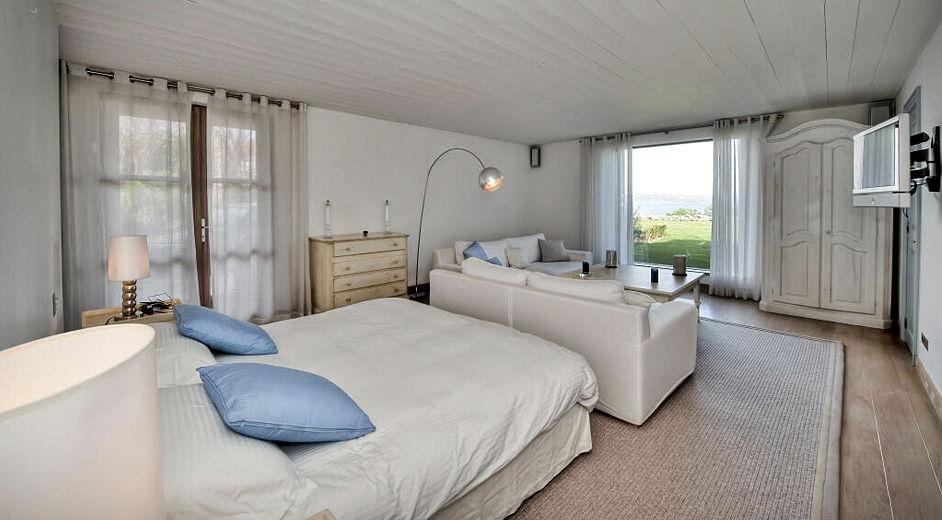 luxus ferienhaus in s dfrankreich nahe st tropez mieten. Black Bedroom Furniture Sets. Home Design Ideas