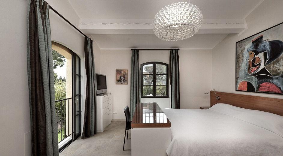 exklusive villa s dfrankreich urlaub mit flair. Black Bedroom Furniture Sets. Home Design Ideas