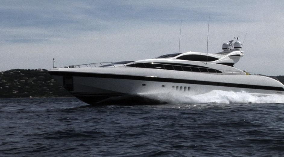 ersklassige luxus yacht chartern the storm. Black Bedroom Furniture Sets. Home Design Ideas
