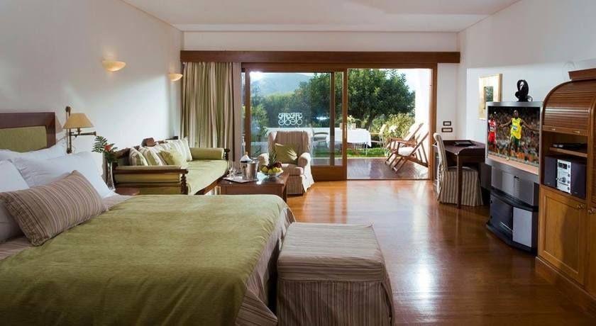 Luxusstrandhotel mit villen auf kreta elounda beach hotel for Katzennetz balkon mit la pirogue premium garden bungalow