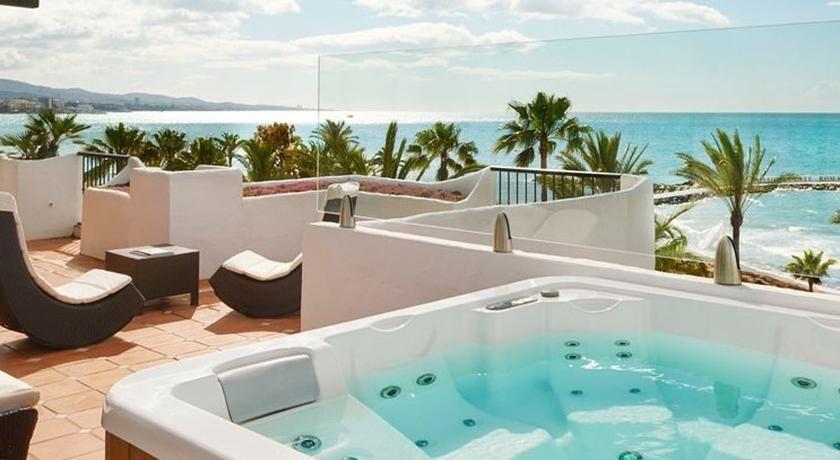 Luxuri ses strandhotel costa del sol hotel puente romano for Small luxury beach resorts